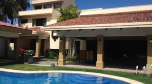 Luxurious Fully furnished house with private pool