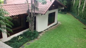 Independent colonial home with garden in most prestigious location