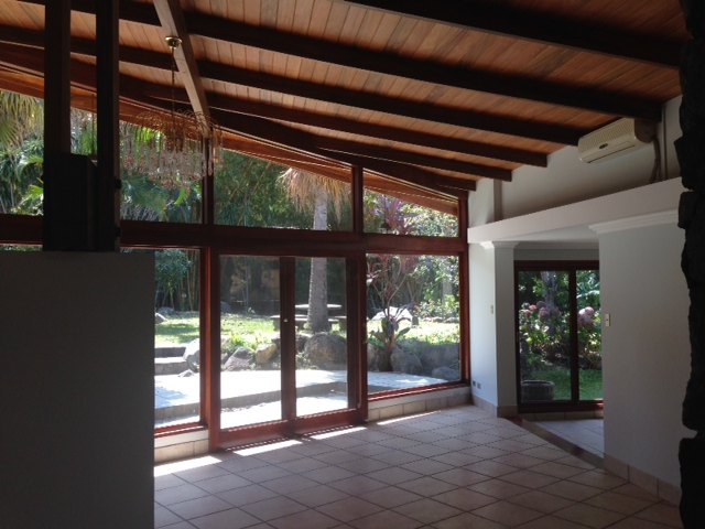 Independent beautiful one level home with large gardens