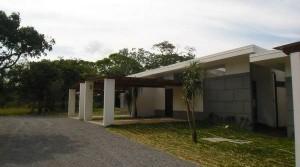 Modern European style apartment surrounded by nature Santa Ana Brasil de Mora