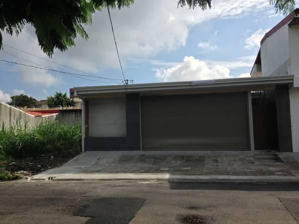 $290000 / 3br – 3200ft² – *****NEW one level home, back yard, excellent LOCATION (Escazu near Walmart)