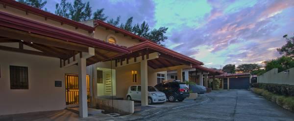 Luxury, furnished  home in Escazu Los Laureles, option to buy