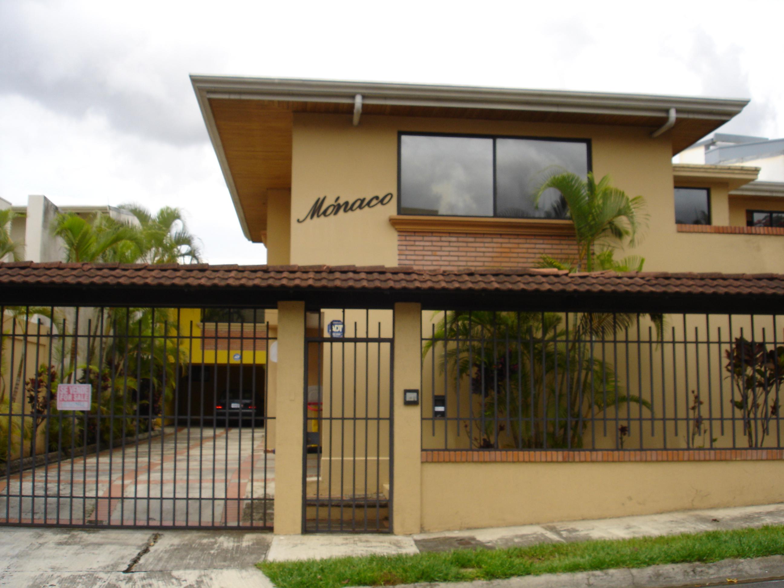 $270,000 3 bed HOME with BACKYARD Escazu, Trejos Montealegre near Avenida Escazu