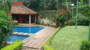 $1,800 3 bed HOME in condominium with POOL, Garden, Jaboncillo Escazu