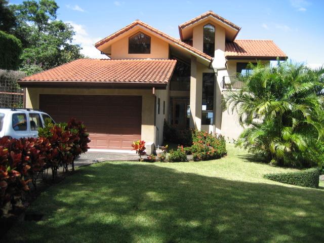Beautiful home with views Santa Ana-Rio Oro