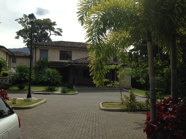 Beautiful medditerrean style home with private swimming pool in condominium, Santa Ana Rio Oro