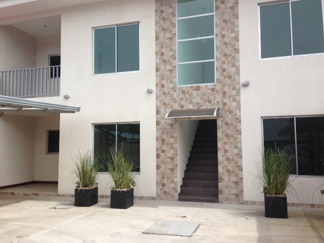 $850 2 bedrooms NEW MODERN APARTMENTS with patio in Santa Ana