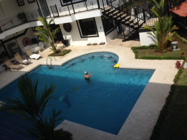 $1,400 NEW Spacious EUROPEAN STYLE apartment with beautiful POOL, GYM, BAR, in great location, Santa Ana Rio Oro