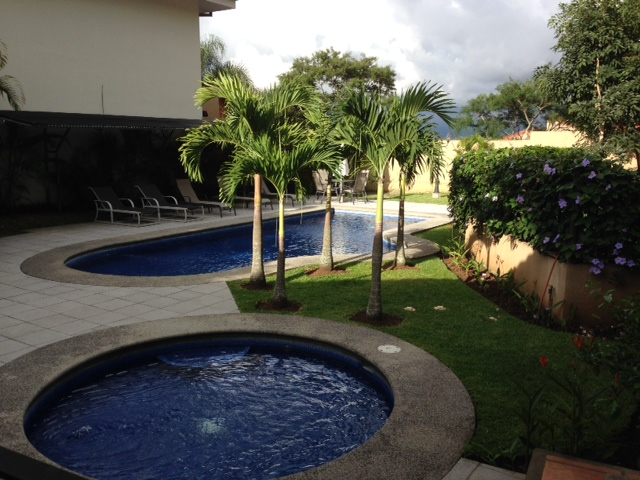$2500 3 bed HOME,office, maid's room, Large kitchen, PATIO, POOL, Escazu Jaboncillo