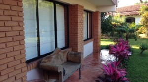 Independent home with large garden in Brasil de Mora, Santa Ana