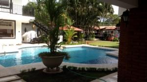 $1,200 NEW Spacious EUROPEAN STYLE apartment with beautiful POOL, GYM, BAR, in great location, Santa Ana Rio Oro