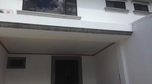 Very nice home with green patio, secure. Escazu, Trejos Montealegre