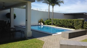 $1000 / 1br – 800ft² – ************Furnished modern apartment pool next to AVENIDA ESCAZU (Escazu Next to Avenida Escazu)