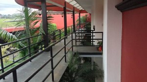 Unfurnished apartment near Avenida Escazu