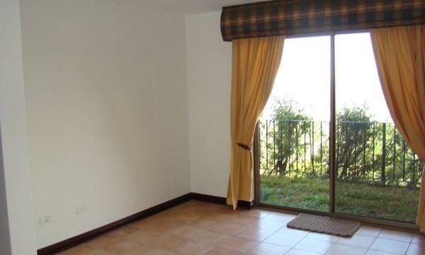 Amazing views, home in condominium pool 24/7 security,gardens