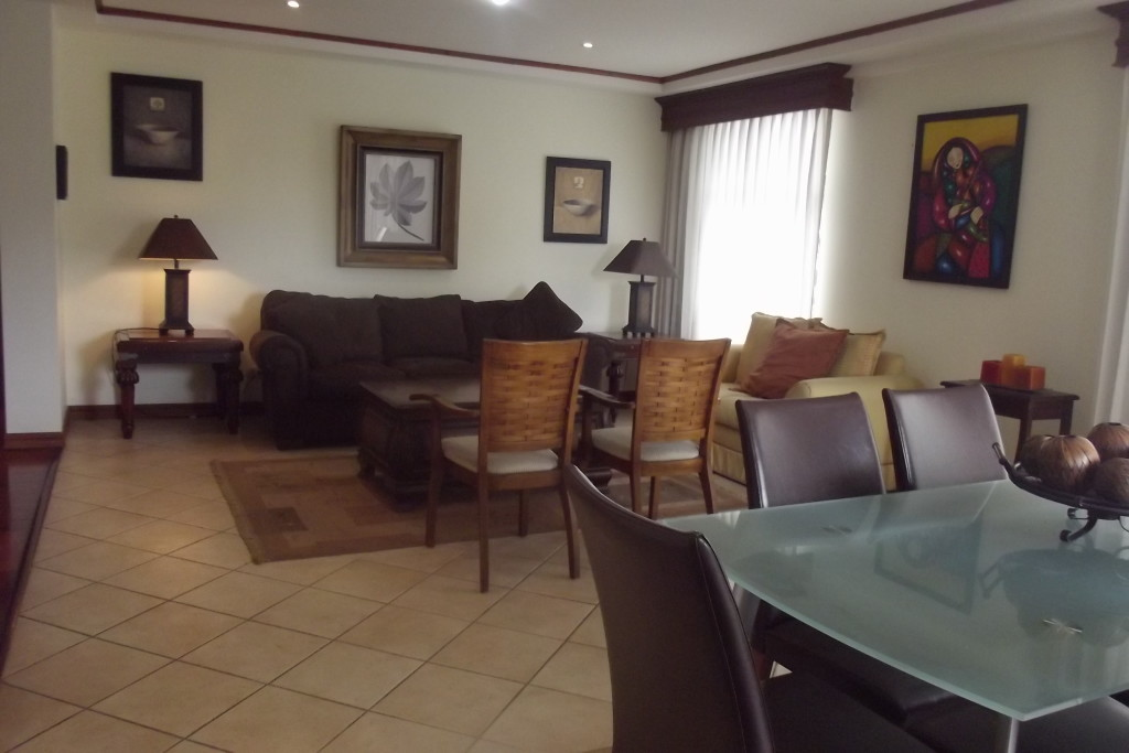 Fully furnished apartment on the 3rd floor, pool, gym, more