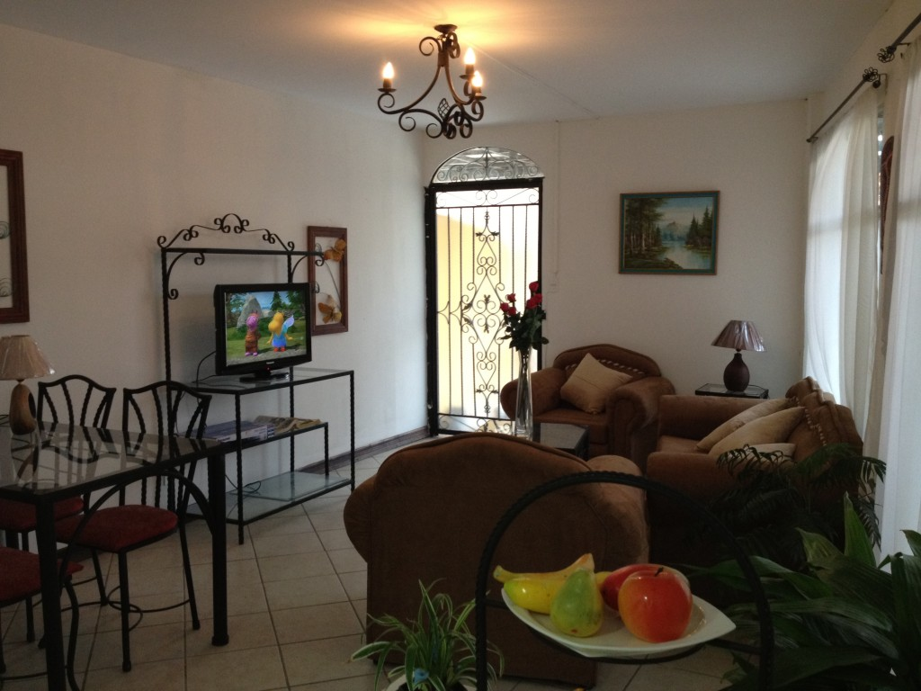 Fully furnished apartment with terrace. Great location!