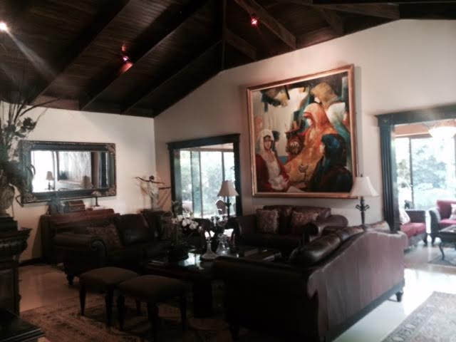 Beautiful, private, colonial home in condominium