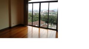 Nice apartment with appliances, views near La Paco
