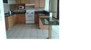 Unfurnished apartment with view, condominium with jacuzzi