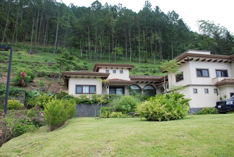 Luxury home in upscale gated community in peaceful area of Escazu