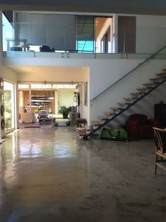Independent Modern, spacious house loft style in condominium  in Guachipelin