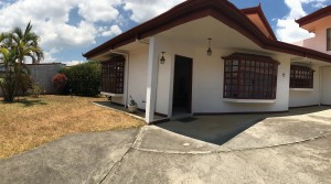 HOT DEAL! One level spacious, independent home with garden on 11000 sq f lot