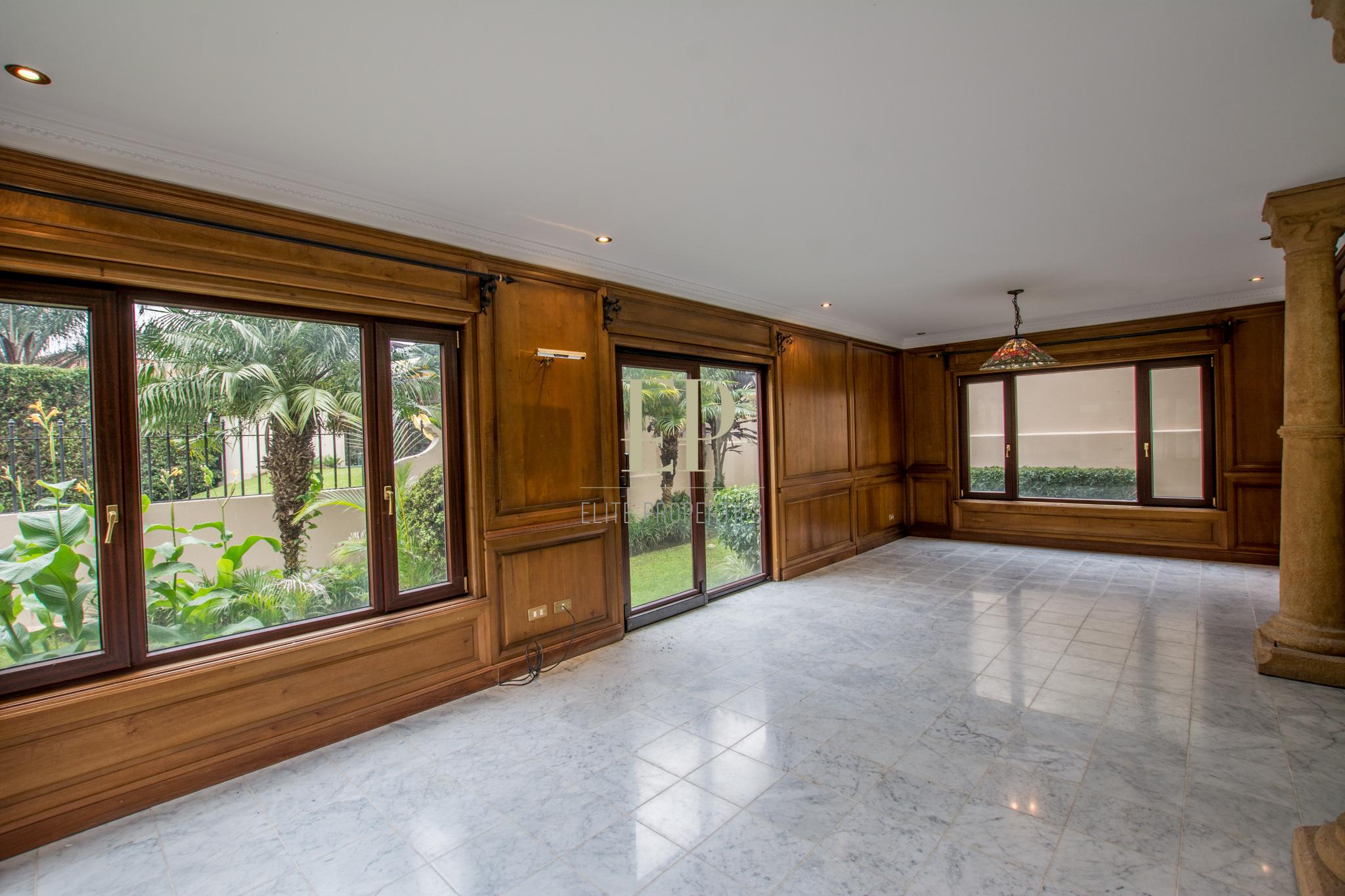 house in condominium for rent