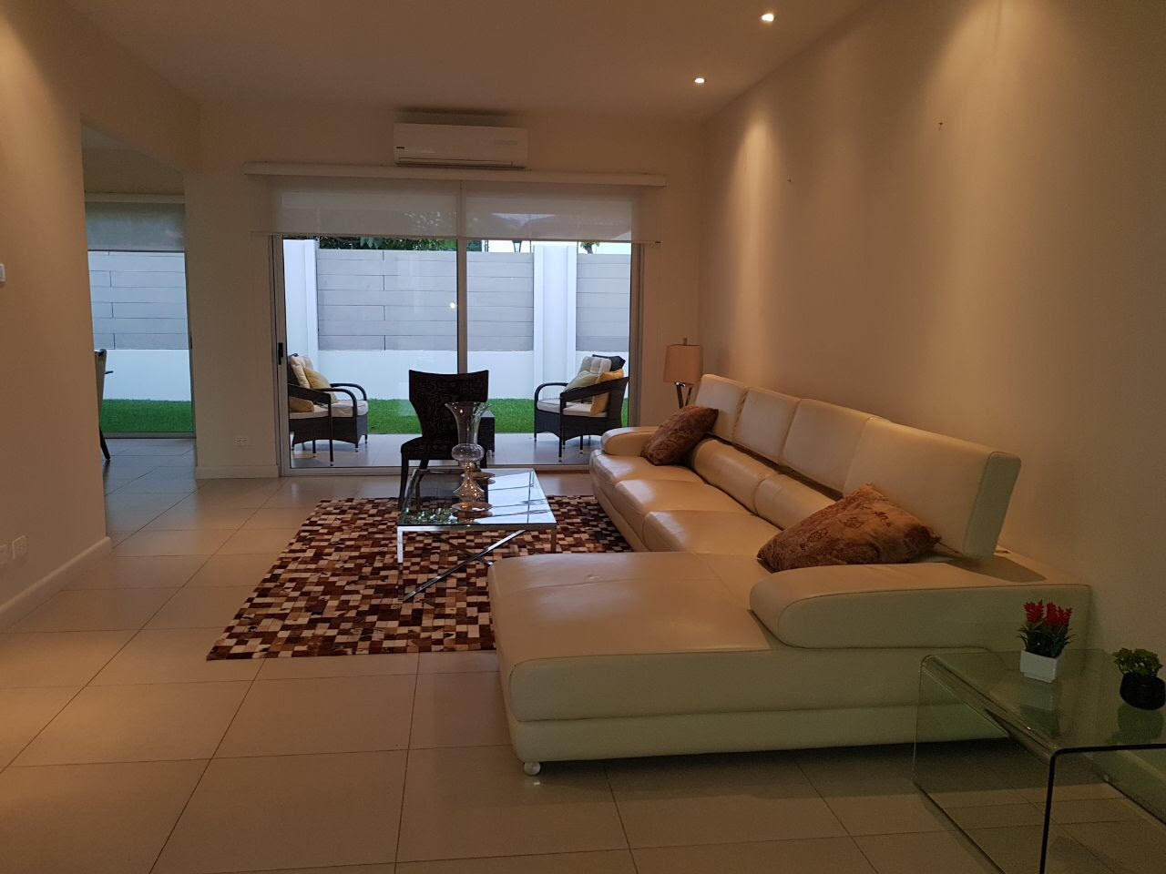 Fully Furnished house in condominium in Lindora