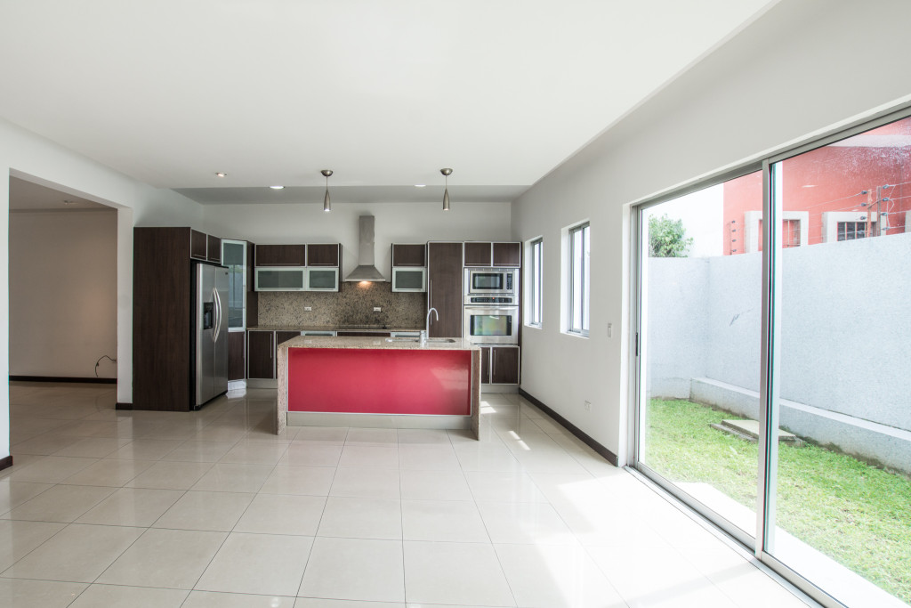 Contemporary 3 story home in condominium near Avenida Escazu
