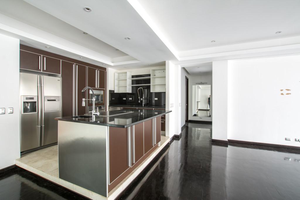 Apartment for sale in Escazu, Bello Horizonte, first floor, terrace, pool