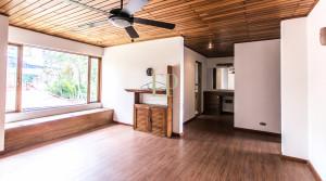 independent home in laureles escazu