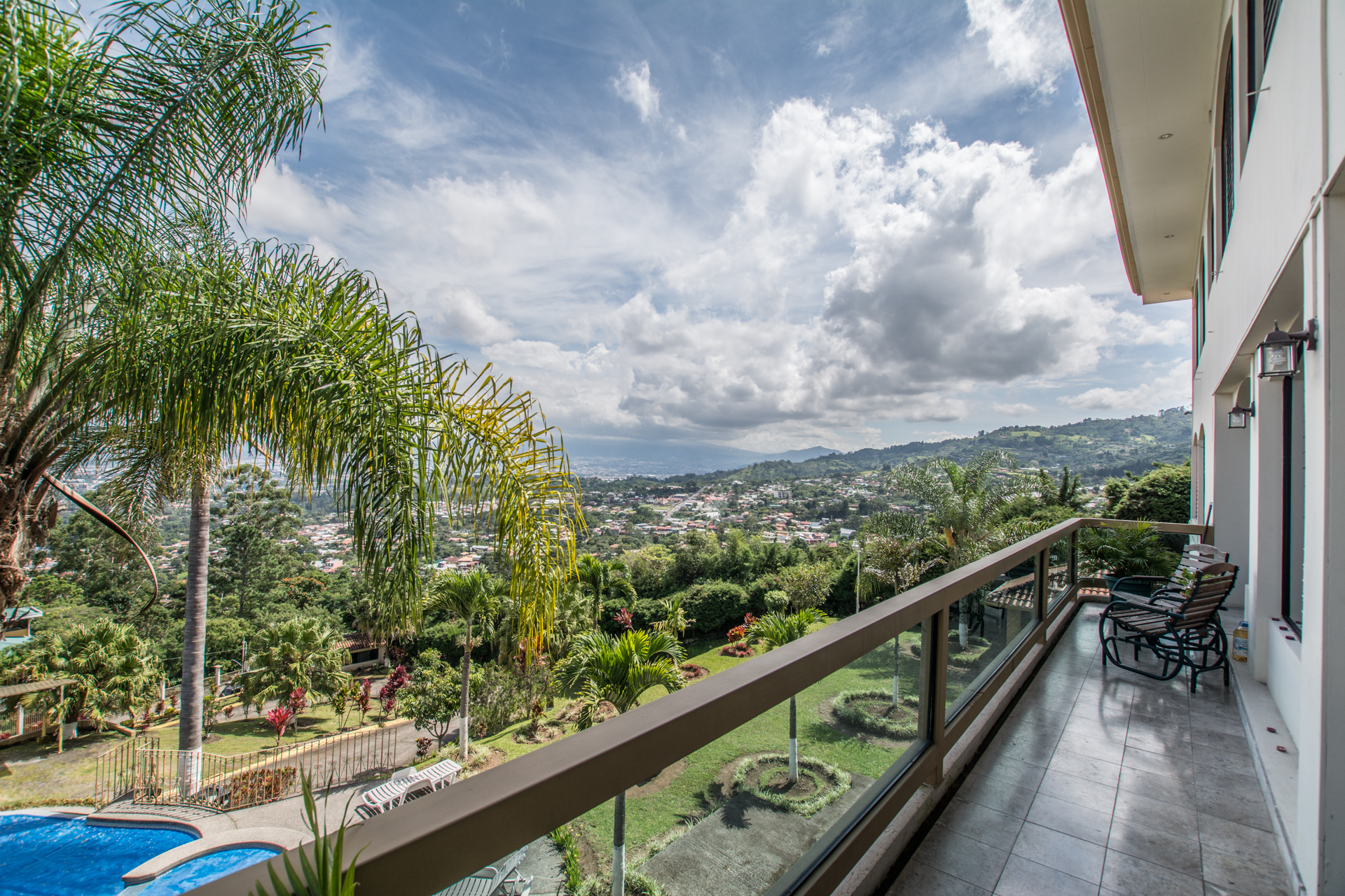 apartment with spectacular views escazu