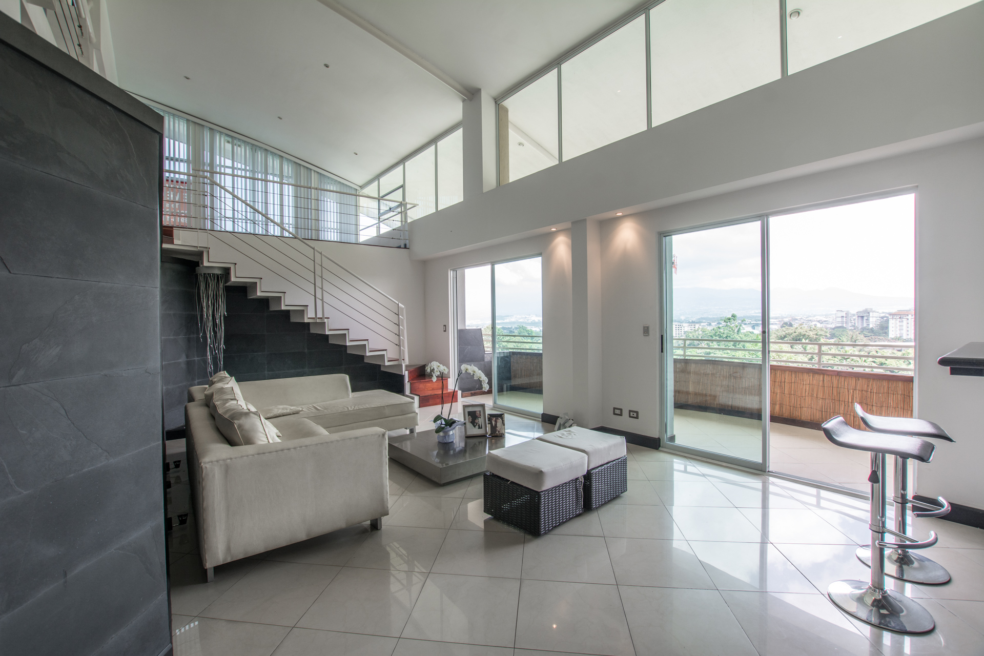 Penthouse for sale in central location Escazu