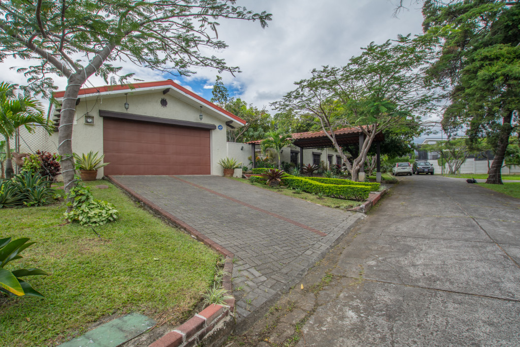 One level home with large yard perfect for embassy or family.