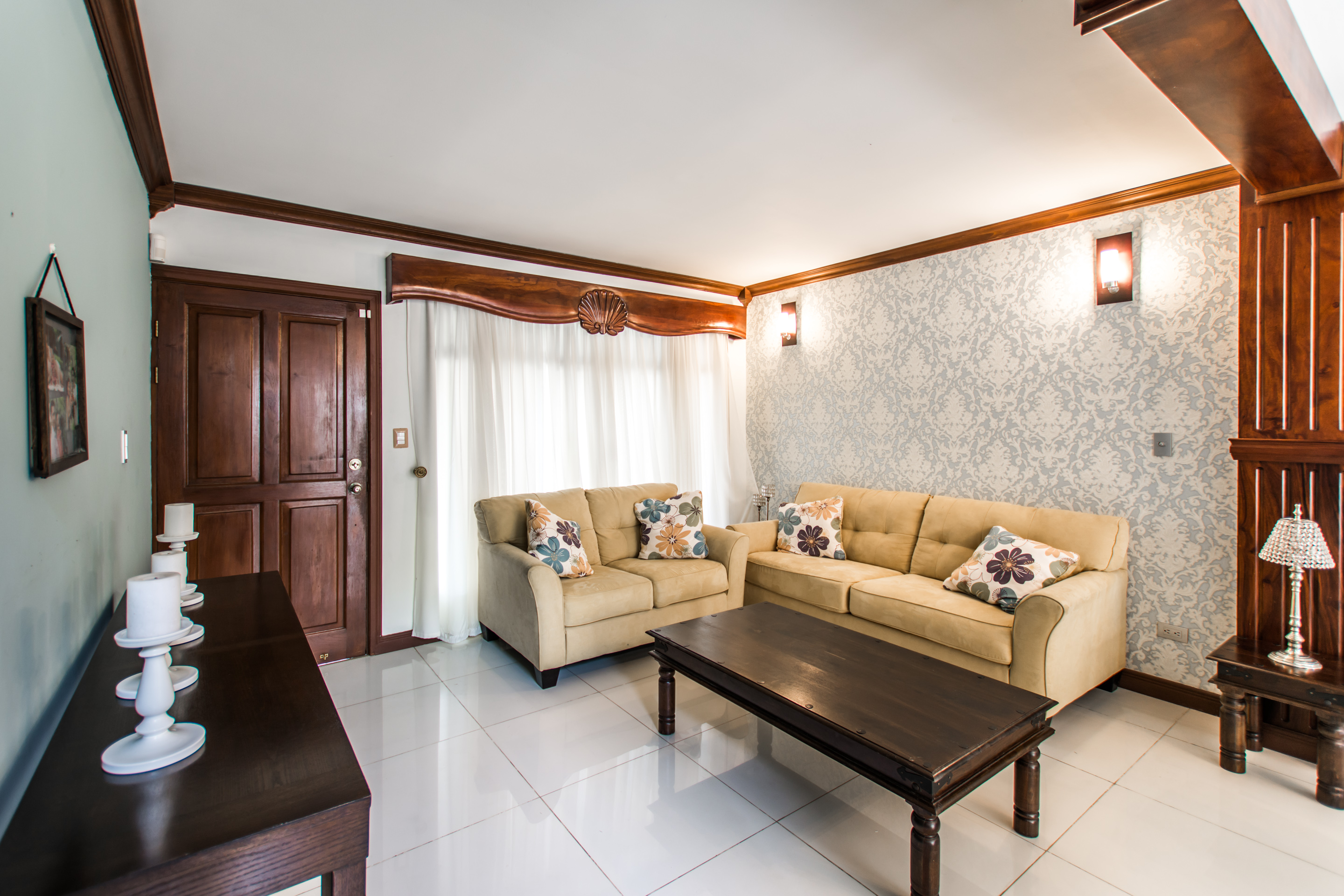 home in condo with pool, walking distance to World Gym