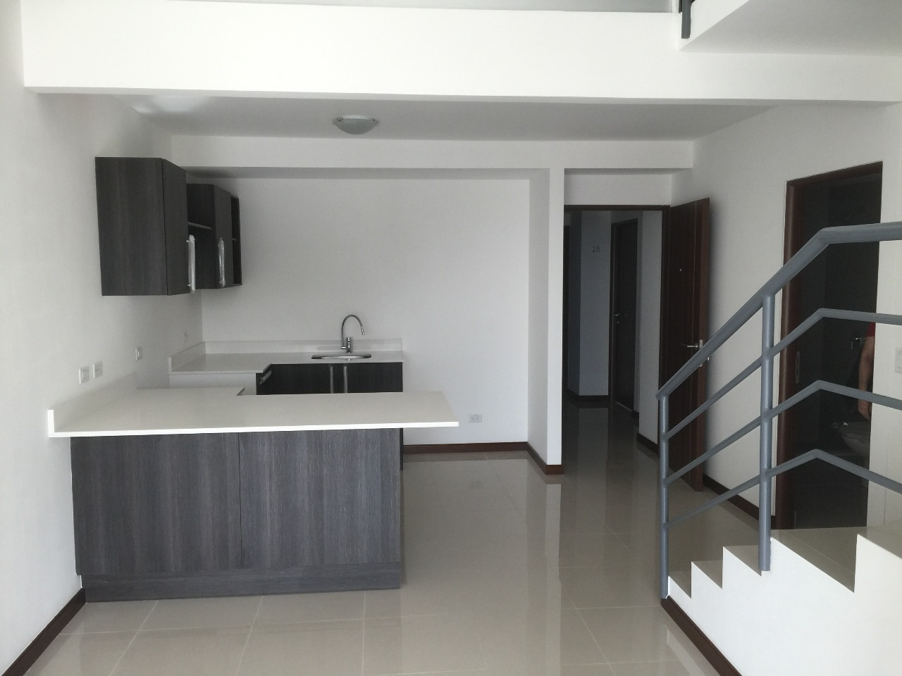 Two story modern apartment in Real Carriari