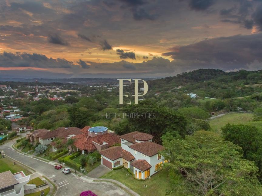 Luxury home, prestigious condo, pool, tennis, walking trails