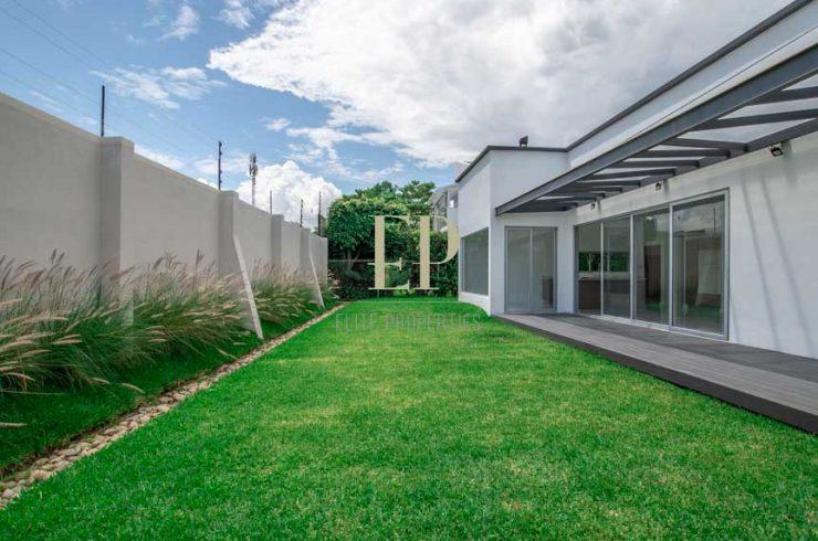 modern one level home for sale villa del sol