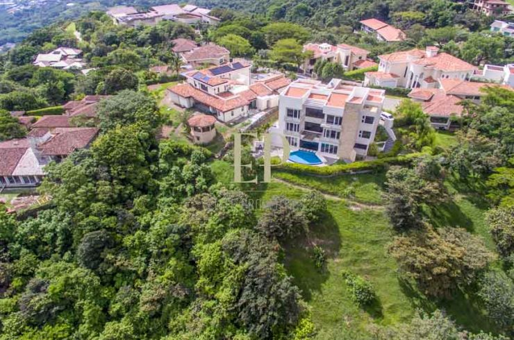 Luxury home with private pool and spectacular views in Villa Real