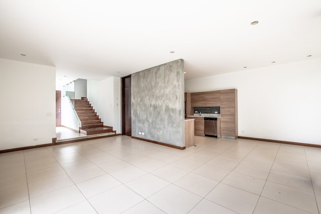 Contemporary house in Escazu in condominium