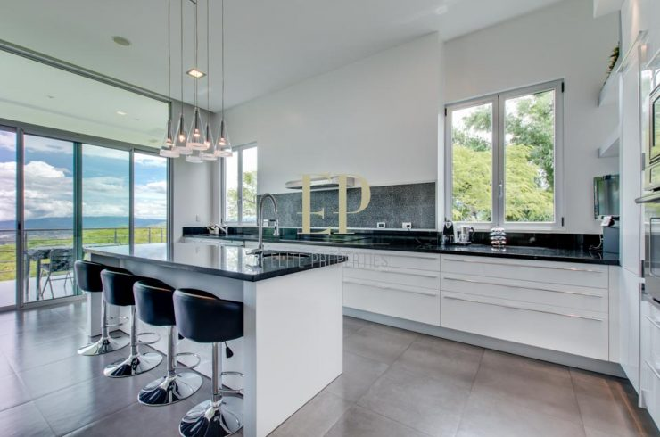 Selling your property? What professional photographer suggests? Read on.