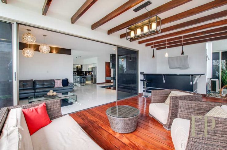 Independent, modern home for rent, condominium