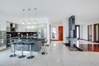 Beautiful, modern home condominium