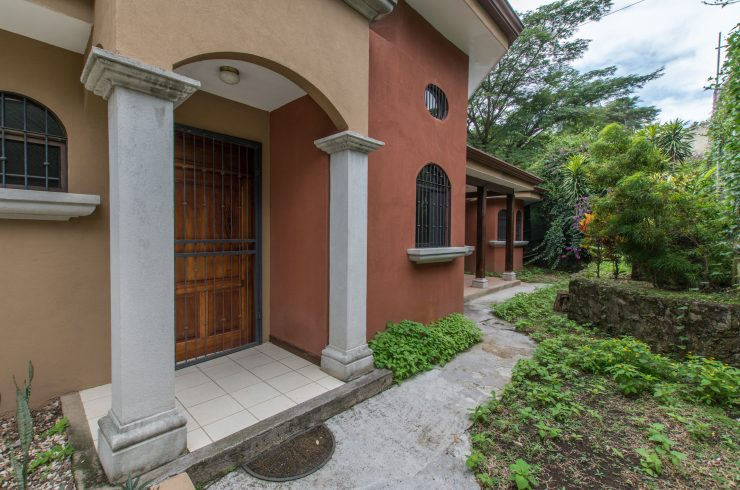 Independent house for sale Escazu Guachipelin