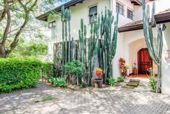 Home for sale Guachipelin Escazu
