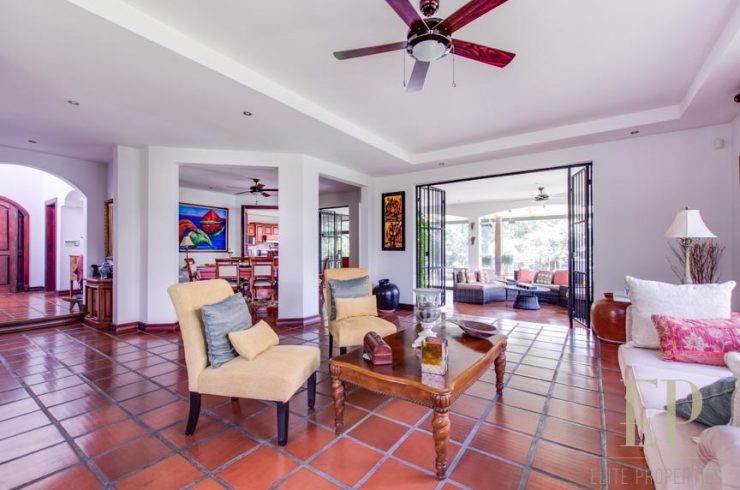 Home for sale Guachipelin Escazu