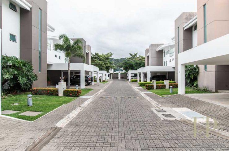 Three floor contemporary home in condominium Santa Ana
