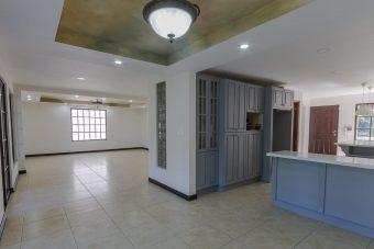 for sale independent house Escazu Los Laureles