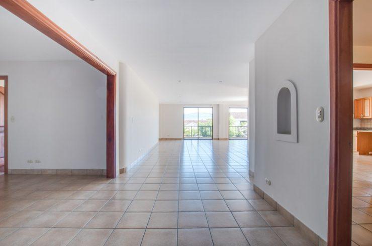 Large apartment for rent in Escazu near Los Laureles, Multiplaza and La Paco